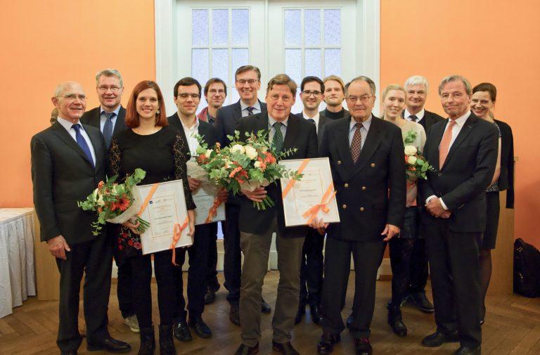 Wissenschaftler des Forschungsinstituts Kinderkrebs-Zentrum Hamburg erhalten Auszeichnung